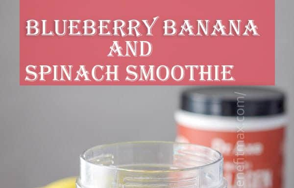 Blueberry banana and spinach smoothie